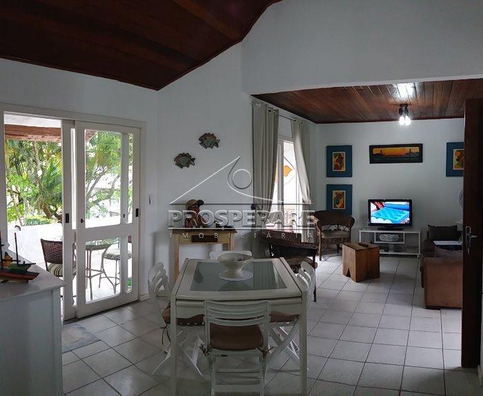 Apartamento Canasvieiras, Florianopolis (3564)